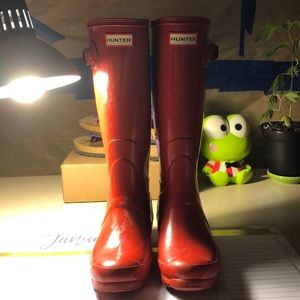 Red hunter Huntress boot size 6